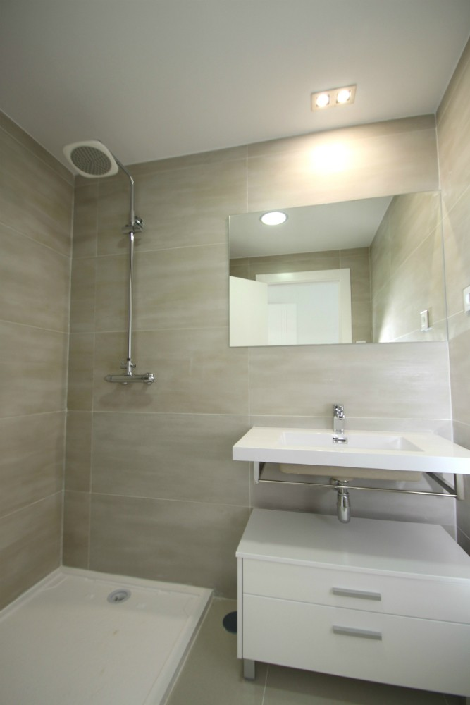 BATHROOM2 TOP
