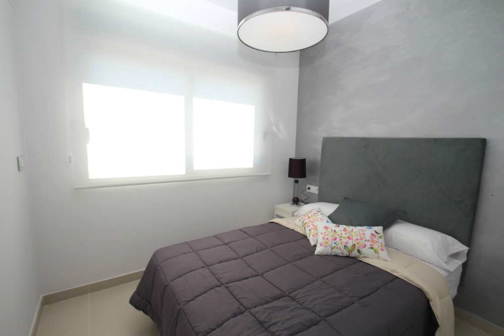 BEDROOM2-1 TOP